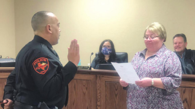 Springtown's police chief takes oath, new council member sworn in