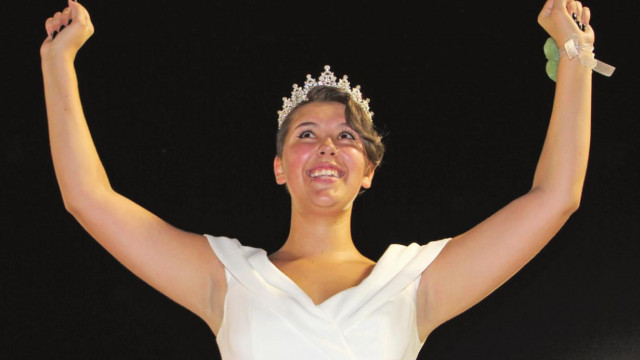 'Band nerd' crowned homecoming queen