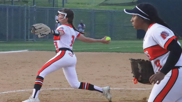 Lady 'Pines go 2-1 in recent games