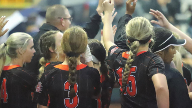 Lady 'Pines earn impressive win over Benbrook in 1st round